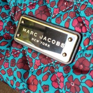 Marc Jacobs Bags - Marc Jacobs floral print makeup case